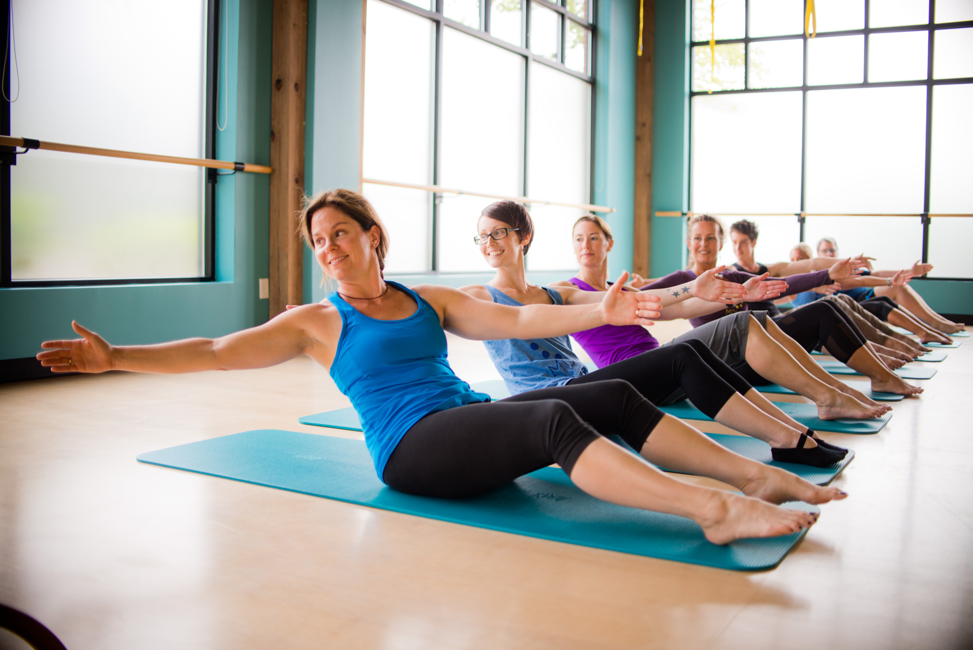 Помогает Ли Фитнес Йога Похудеть. Помогает ли йога похудеть: как занятия влияют на фигуру